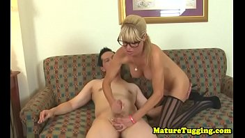 gf wanks bf Fucking on the couch with a stranger