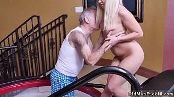 father bad sleep with mom and Gorgiuos riding anal