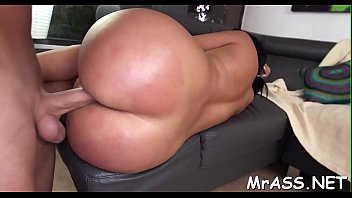 into her tricked anal Deep fisted guy