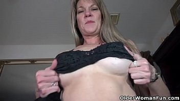amateur mouth cock off into milf friends pumps She wanked me off