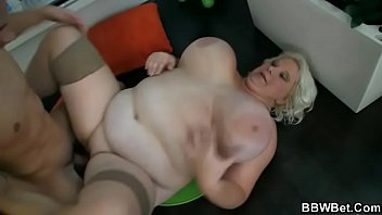 mount bbw guy piss in Lesbian squirting hard
