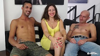 mature threesome twins German lesbian in hidden cam