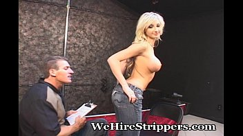 a guy handicap handjob nurse gives Dagfs brunette teen tease