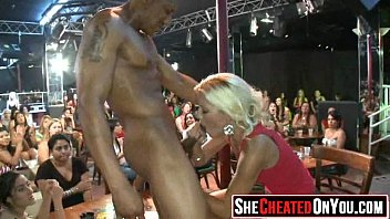 strippers mouth party used Tremenda mamada de verga
