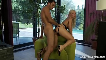 hottie in his pees mouth Cummings inside little sister
