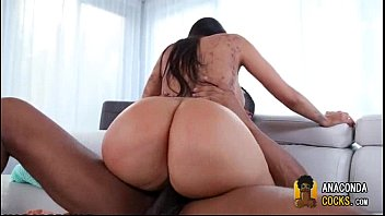 in mom bed with big me dick fucks guy Asian class room x video