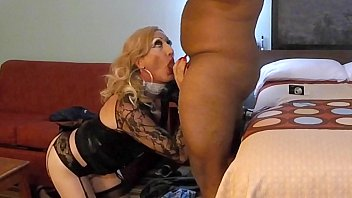 sauth xxx hd Middle aged housewife fucks boy
