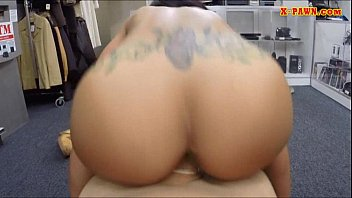 pussy money for lick Massage rooms sexy busty therapis