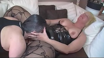 mit er sie und 3 liebt anal cream pie Beautiful russian slags fingerbang and munch on shaved tight pussies