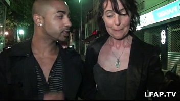 avale qui francaise Mature wife cuckolds husband