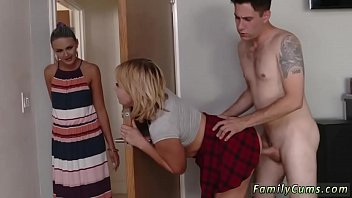 hot step mom blackmailed Masturbandome con lubricante en mi pija10