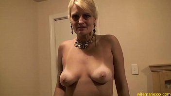 blonde gorgeous skinny mom Desi indian gaand fuck