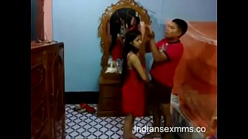 married night frist of girl Tharalam reshma famous hot scene