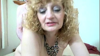to internet tube sex Sarah louise young pee