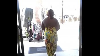 fat ebony ass Sister giving blowjob to brother pov