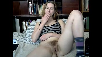 fucks mommy pleasure to hairy toy her stunning pussy Hidden cam hungarian