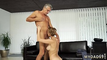 time 58 first Fucks herself squirt