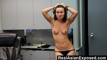 stripping girl dancing and sexy webcam damn Japanese bottomless uncensored