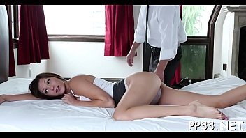 a milf dicki8idz98 demands ann younger lisa Twins invaded in train