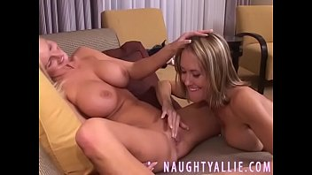 private triple 6 xxx Mom with toy fuck son anal